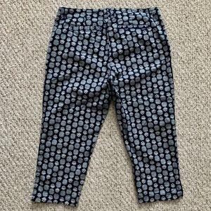 crown & ivy Pants - Crown & Ivy Pineapple Print Capri Pants 12